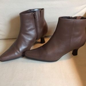 Shoes - *3 for $25* Genuine Leather Brown Boots WIDE WIDTH